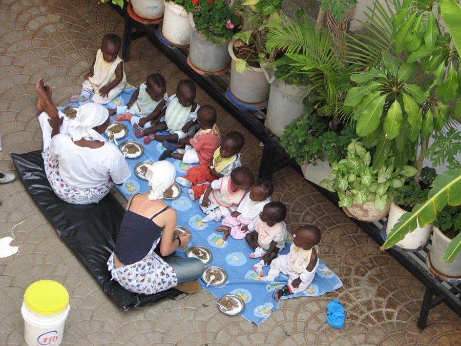 Etenstijd (2) Babyhouse