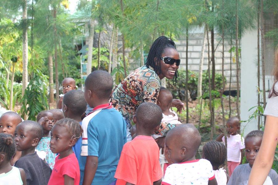 Faith met kinderen Malindi