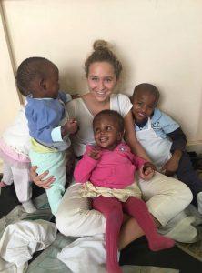 Nina Brink vrijwilligster in Imani 2016
